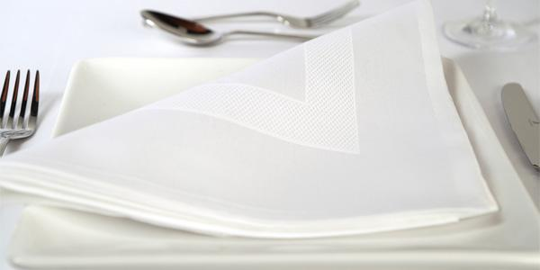 The Perfect Table Linen Setting