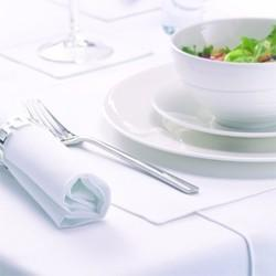 How to Create the Perfect Christmas Dinner Setting