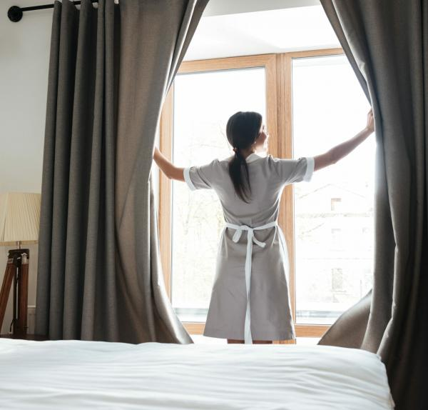 How to make your beds like a 5* Housekeeper
